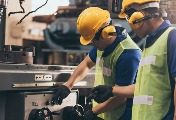 How the ISO 45001 Accreditation helps a Manufacturing company in UAE?